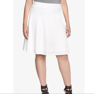 NWT Torrid Textured Ivory Skater Skirt Sz 1 (1X)